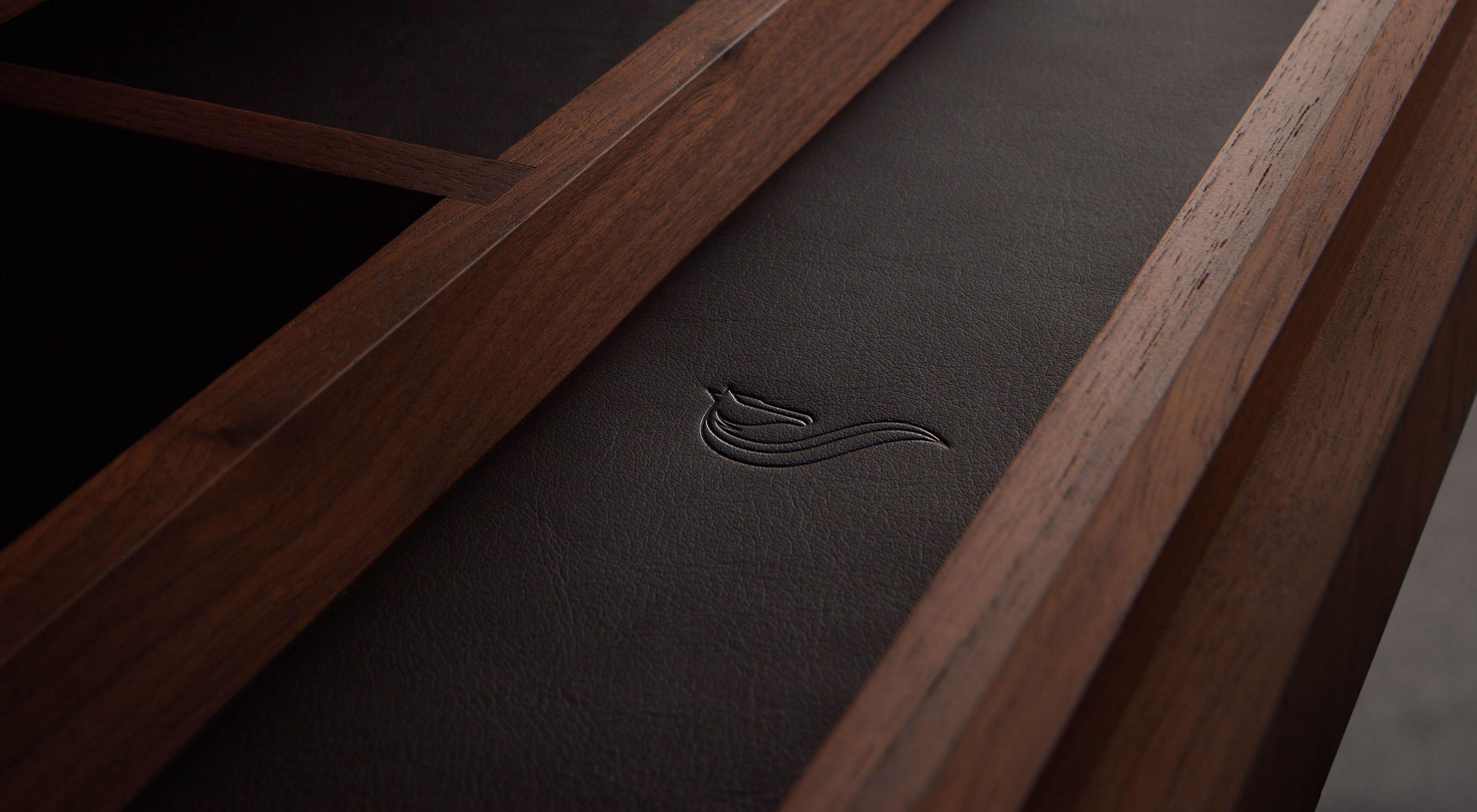 Smallbone bespoke desk draws with leather Smallbone horse logo